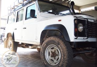 Land Rover 200 TDI LOCATION 4X4 TOUR operateur AGENCE DE VOYAGE